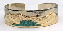 cuff bracelet Waterton Lake in Turquoise on yellow gold mountains on white Gold cuff bracelet