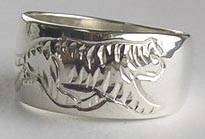 Walking Tiger  ring