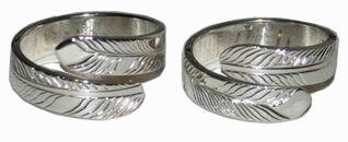 wrap-around feather ring